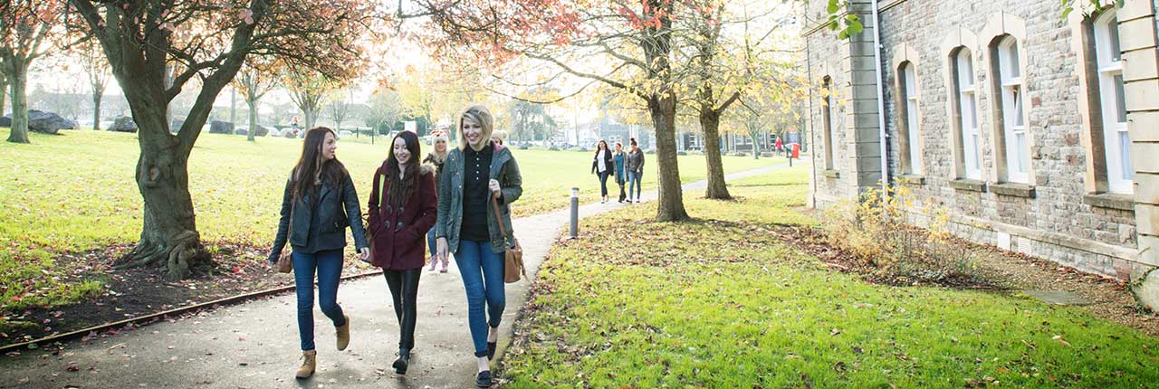 Students walking in the grounds of Glenside Campus