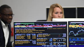 Close up of a trading suite on a computer