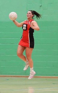Alice playing netball Copyright: FineTime Photography