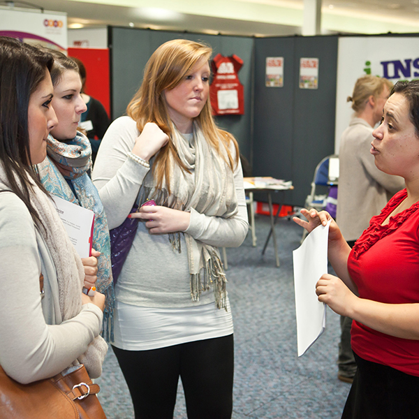 Students talking to an advisor during an Open Day