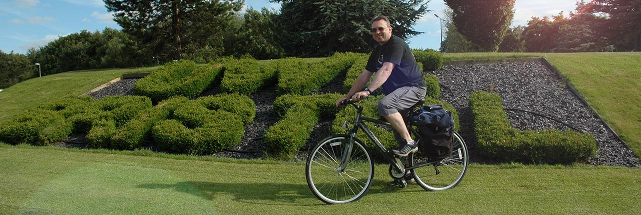 Steve West, Vice-Chancellor cycling