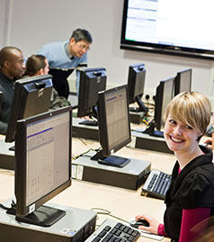 Students in financial trading room