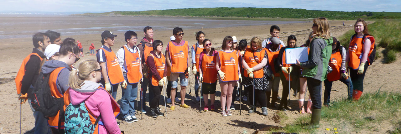 Volunteers at a UWE beach clean
